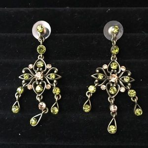 👻 Green Rhinestone Floral Dangle Earrings